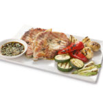 Свиной стейк с овощами